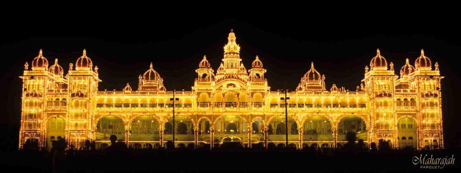 palace-night
